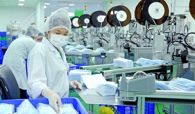 Thủ tục nhập khẩu máy làm khẩu Trang