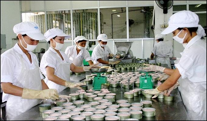 quy trình nhập khẩu thịt heo đóng hộp